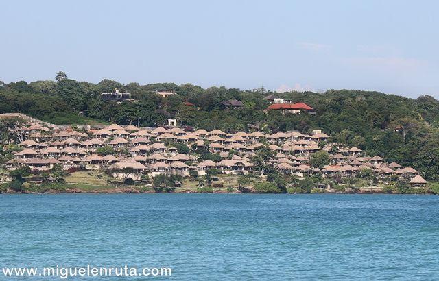Hoteles-resorts-Jimbaran-Bali