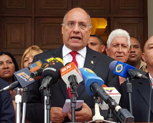 """Denunciará en el Parlasur la """"amenaza"""" de suprimir inmunidad parlamentaria"""