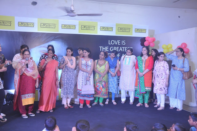 Children in orphanages got the #TasteOfMothersLove in the most touching and inspiring way