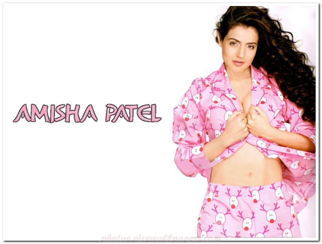 Amisha Patel Sexy-3725
