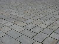Tips Memasang dan Mendesain Batu Alam Andesit untuk Lantai Rumah