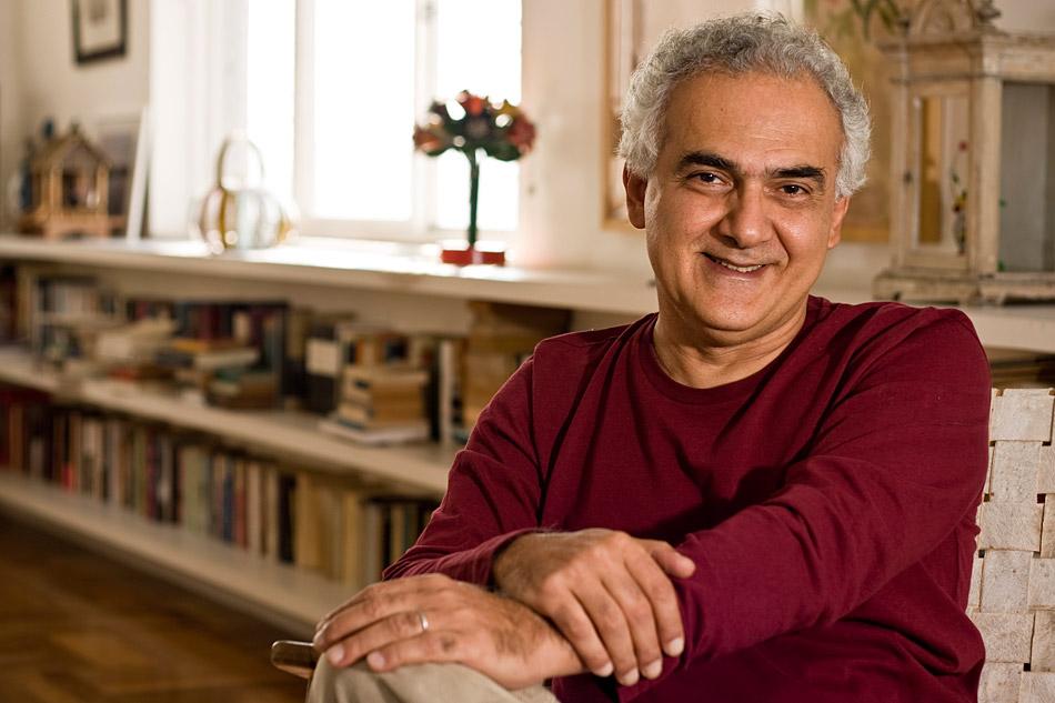 Resultado de imagen para Milton Hatoum, escritor brasileño