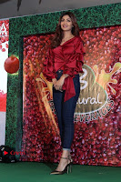 Bollywood Actress Shilpa Shetty Stills in Tight Jeans at Launch Of   0025.jpg