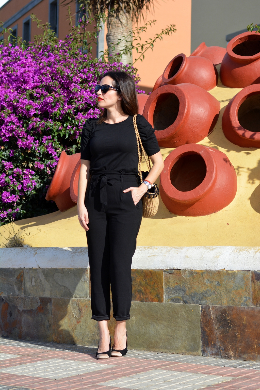 total-black-outfit