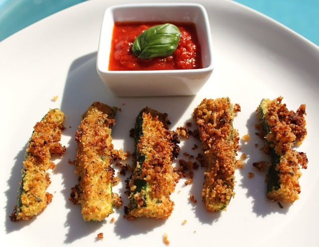 Baked zucchini sticks are a delicious vegetables baked with panko bread crumbs and dipped in marinara sauce in my Easter Roundup