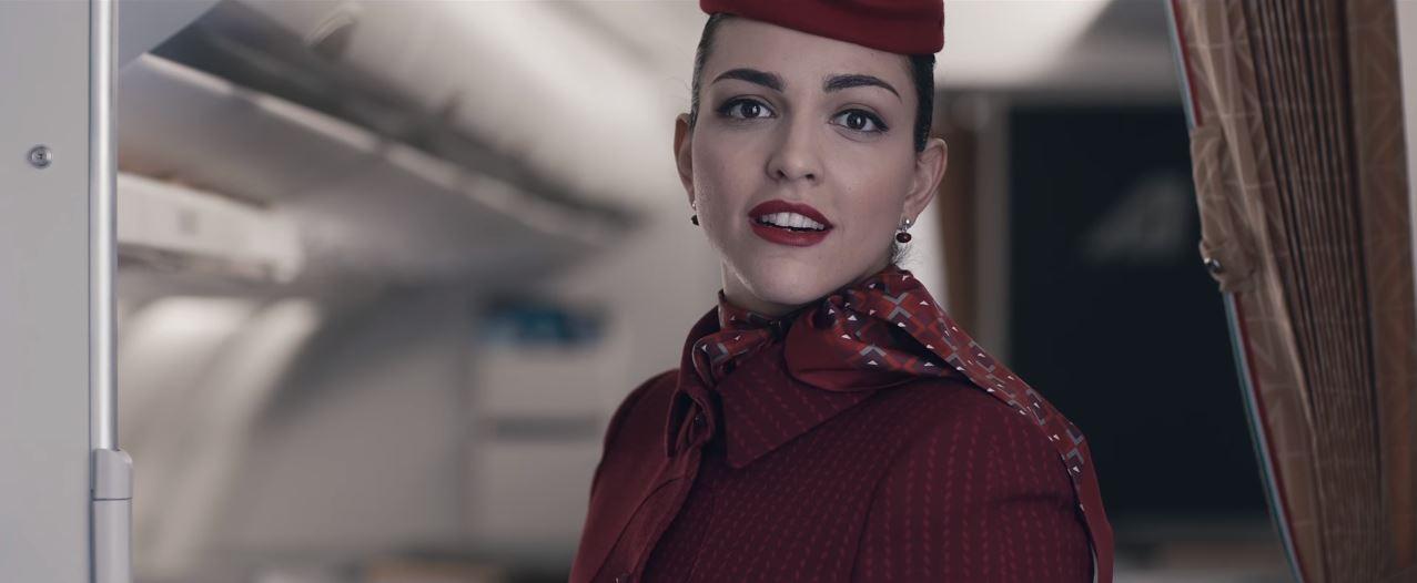Canzone Pubblicità Alitalia (Volare) | Nome attrice/modella di 100 Vetrine | Luglio 2016