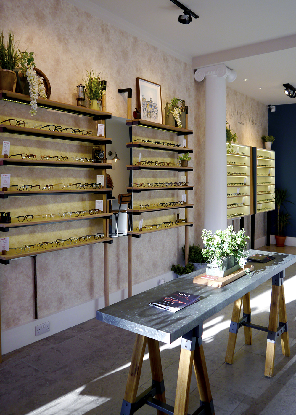 IOLLA Stockbridge glasses boutique in Edinburgh