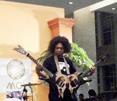Puguh Kribo Mendapatkan Piagam Penghargaan Museum Rekor Dunia Indonesia
