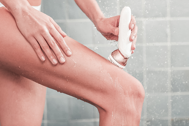 epilazione sotto la doccia