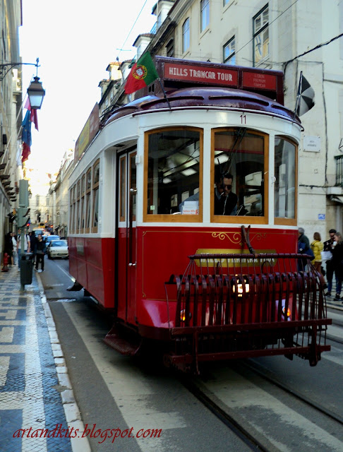 Lisboa... cidade com alma, pulsando vida... / Lisbon... a city with soul, full of life...