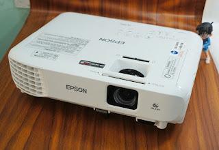 Jual Proyektor Epson EB-X400 Bekas