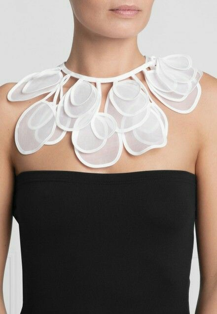 New trend collar style