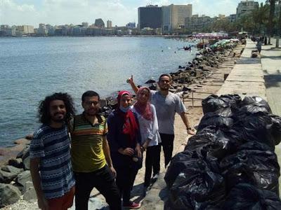 القاهرة والإسكندرية, هاني العقيل, حملة مسعفون بيئيون, تنظيف الشواطىء, منطقة مصر القديمة, تجميع القمامة,