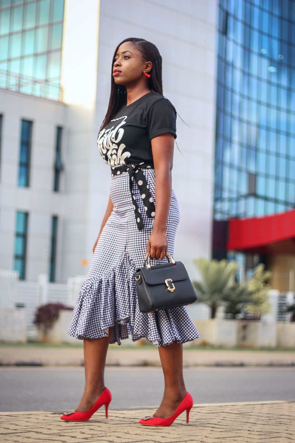 228a07f68d Gingham waterfall skirt and black graphic T-shirt