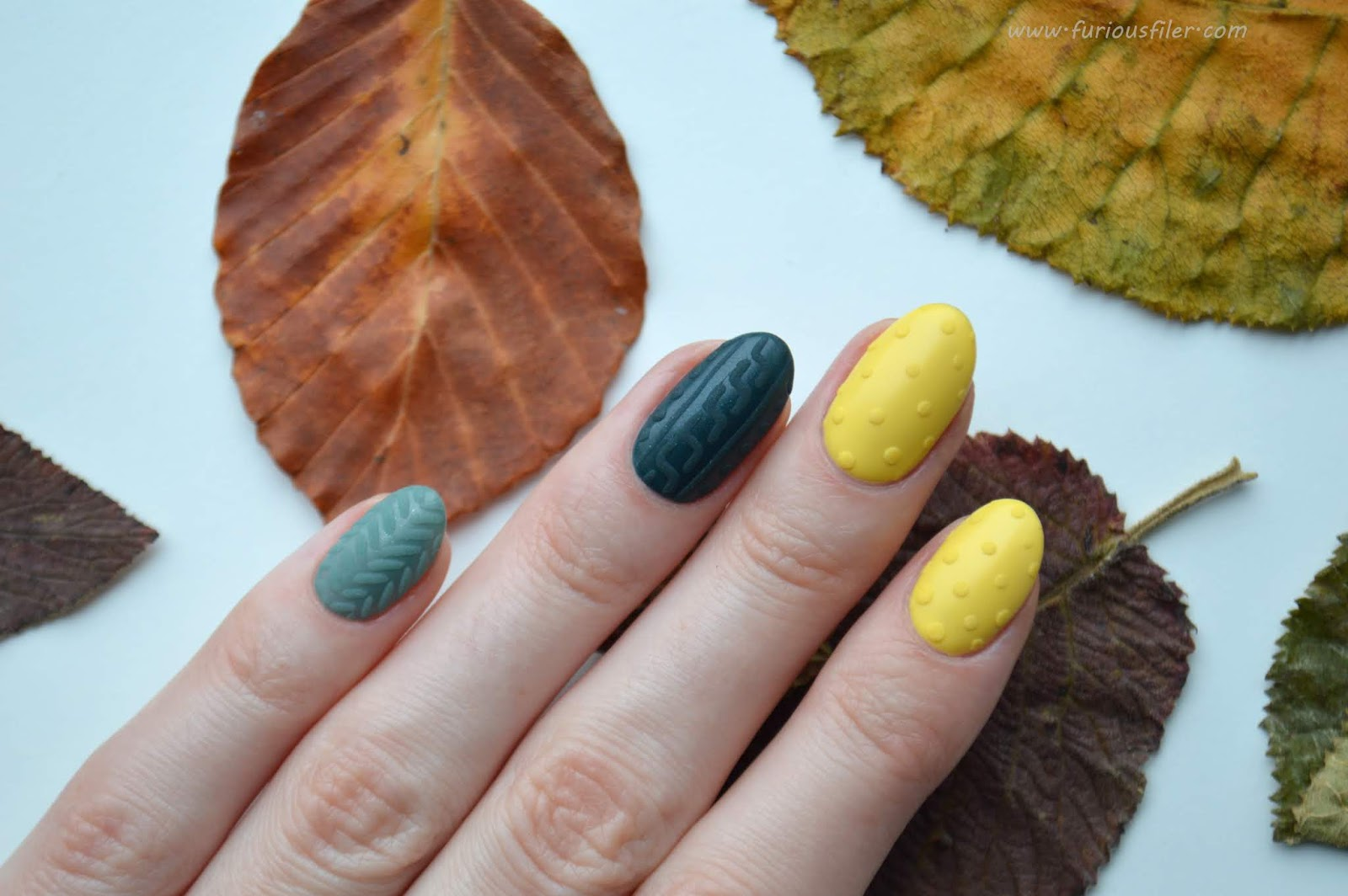 autumn cable knit nail art 3d