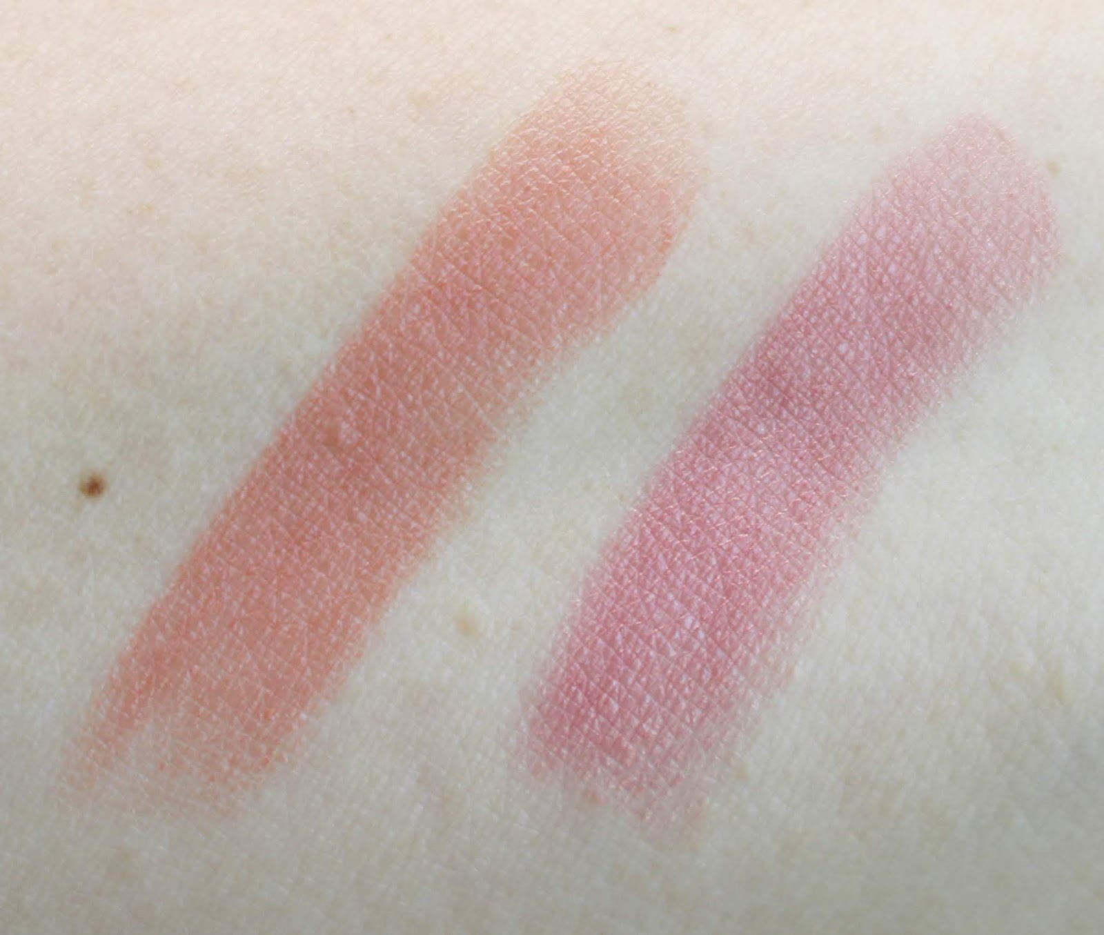 Color Charge Lip Powder - High Fever by Revlon #5