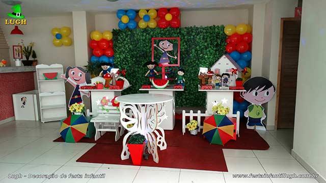 Decoração infantil tema da Luna - Provençal simples com muro inglês