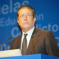 Federico Mayor Zaragoza, antiguo presidente de la UNESCO y defensor, por encargo del presidente del Gobierno Español don José Luis Rodriguez Zapatero, de la llamada «Alianza de Civilizaciones»