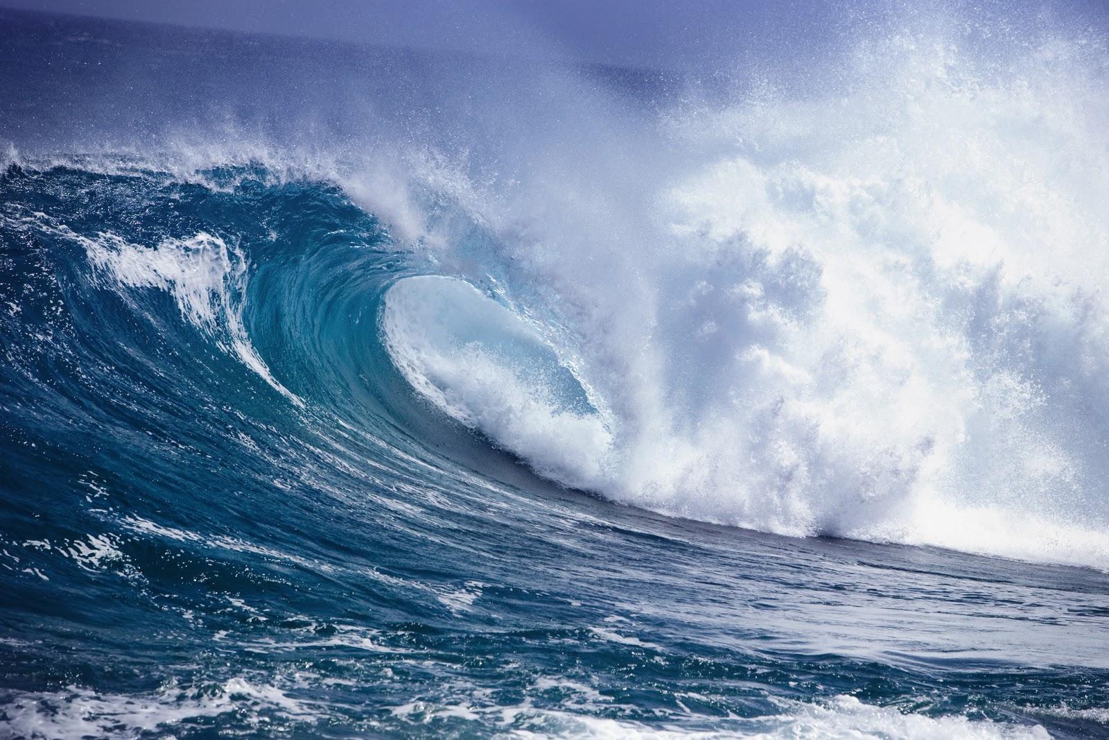 Beautiful Ocean Waves   Amazing Sea Waves   cini clips