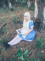 http://syainisegye.blogspot.com.br/search/label/Alice%20in%20Wonderland