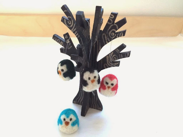 https://www.etsy.com/listing/211039377/needle-felted-penguin-ornaments-tiny?ref=shop_home_active_21