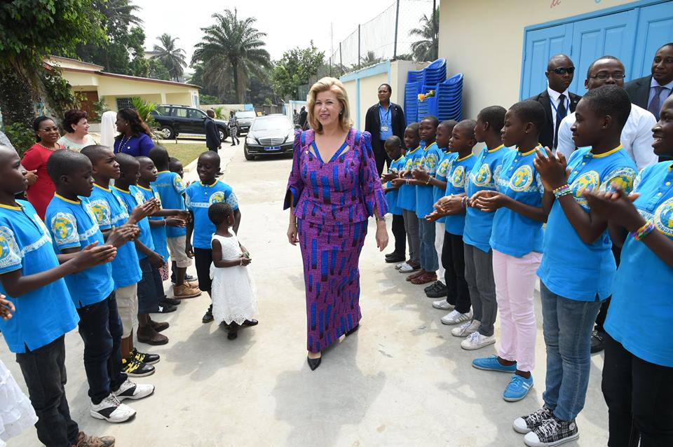 http://2.bp.blogspot.com/-a8xDaTpI7aY/VpUcjHdKWDI/AAAAAAAAALg/gpTMGFi109k/s1600/dominique_ouattara_premiere_dame_de_c%25C3%25B4te_ivoire.jpg