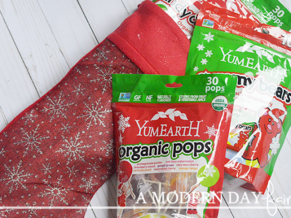Sweeten Your Holidays Naturally with YumEarth {A Giveaway}