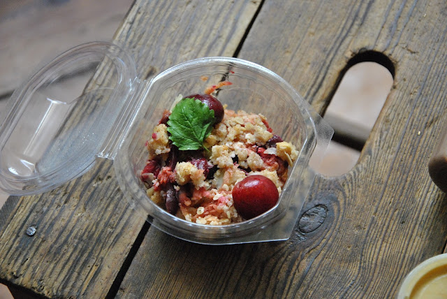 Fresh Parsnip Snack: Snack: Apfel, Kirsch, Pflaumen Crumble