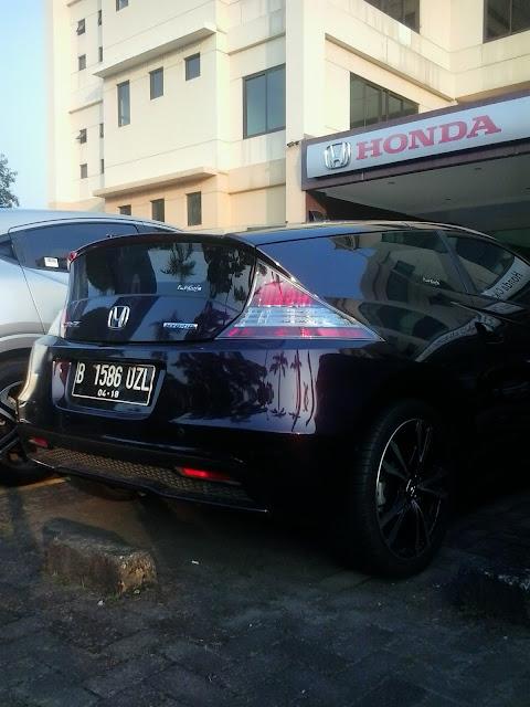 Mobil Honda CRZ Di Dealer Mobil Honda Cikarang