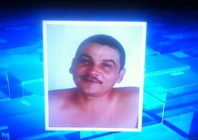 VIOLÊNCIA: Polícia caça homem que torturou e matou a ex-esposa com 14 golpes de faca diante do filho caçula