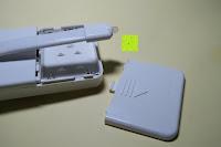 Batteriefach öffnen: Bonlux Bewegung aktiviert LED-WC-Nachtlicht 16 Farben ändern Batteriebetriebene automatische Sensor-LED-Nachtlicht für Badezimmer Waschraum -WC-Schüssel Sitz Lampe [Energieklasse A+]