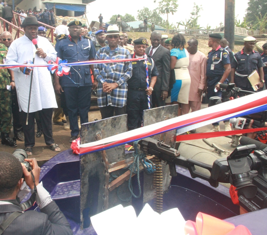 Top News Express: PHOTOS OF GOV DICKSON COMMISSIONING A GUNBOAT AND