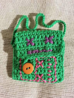 https://laventanaazul-susana.blogspot.com.es/2014/10/bolsita-de-robot-crochet.html