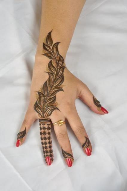 Latest Turkish Mehndi Designs For Valentine Day