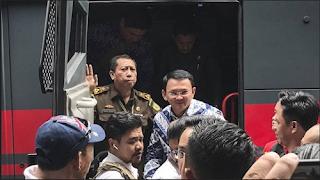 Beredar foto Ahok didalam tahanan, bagaimana kondisinya