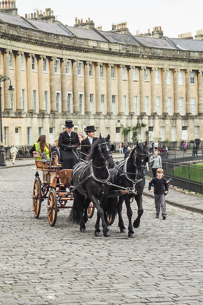 Horse and carriage on Royal Crescent, Bath