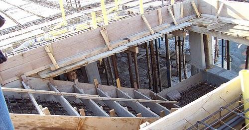 C lculo de encofrado de gradas o escaleras cantidad de for Encofrado de escaleras de concreto