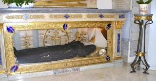 Η Αγία Αικατερίνη πέθανε το 1876 – Όταν όμως την ξέθαψαν και είδαν το σώμα της όλοι μίλησαν για...