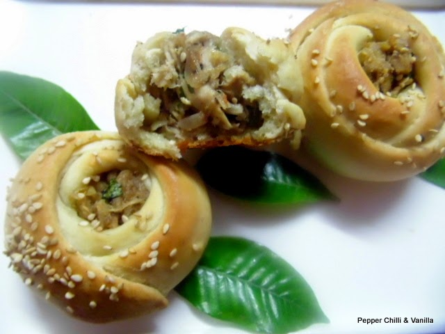how to make rose rolls at home,stepwise pics soft rose rolls recipe