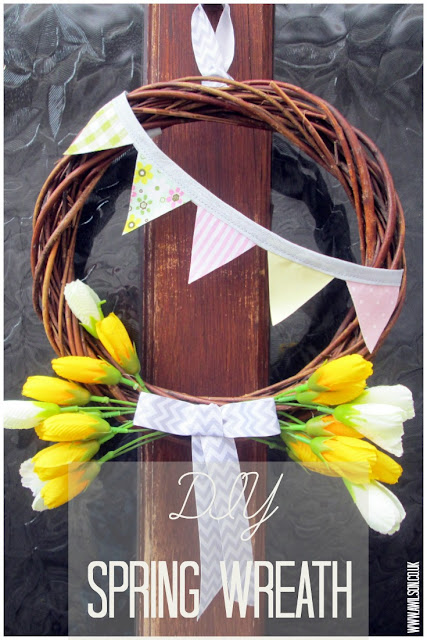 http://www.awilson.co.uk/how-to-make-a-spring-wreath-with-bunting/