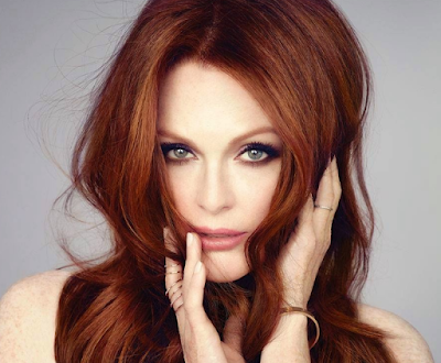Julianne Moore Artis Hollywood Paling Hot 2016