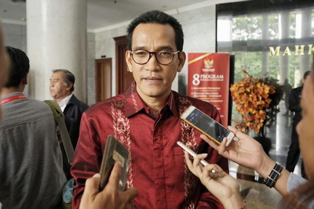 Refly Harun Dicopot karena Kritisi Pemerintah, Begini Penjelasan PDIP
