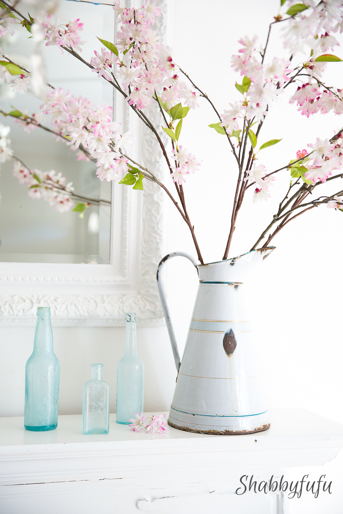 pink and blue mantel spring