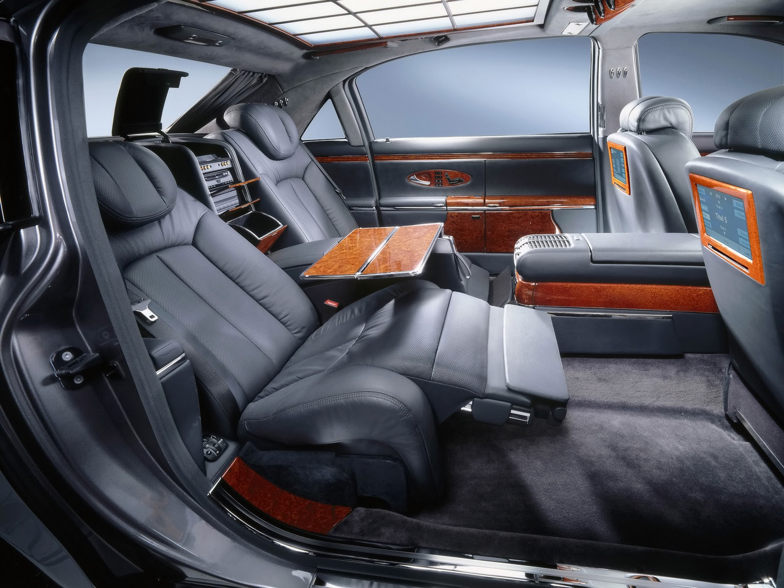 Passion For Luxury : Maybach 62  Excellence Refined