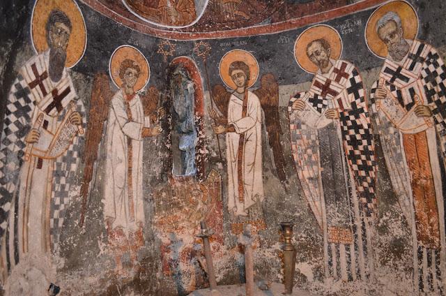 Поклонување на Агнецот- апсида на источниот ѕид - Св. Димитрие -црква од XIV век во село Градешница - Мариово