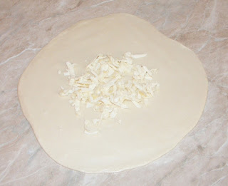 retete preparare placinta de casa cu branza la tigaie, reteta, patiserie, cofetarie,