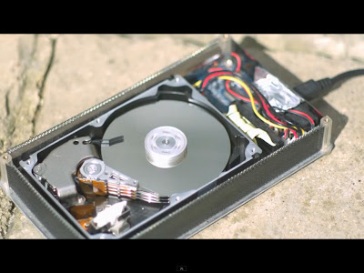 How a Hard Drive works in Slow Motion