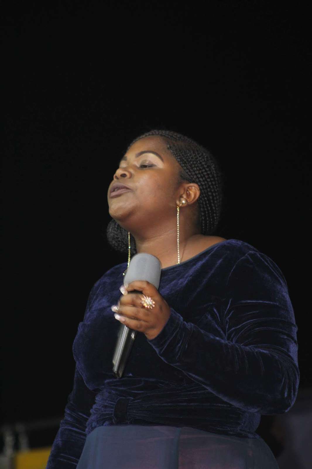 Gallery Of Pictures: Worship with Pastor Tasha At Tiyambuke Deliverance Night