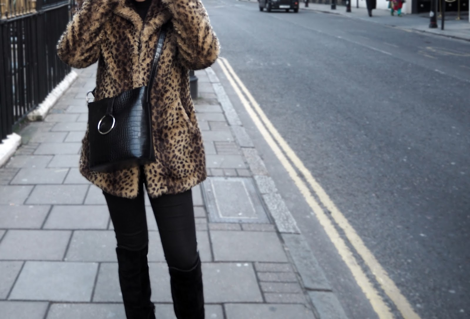 CONFESSIONS OF A LEOPARD PRINT LOVE // LAUREN ROSE STYLE // FASHION BLOG STREET STYLE LONDON OOTD WIWT