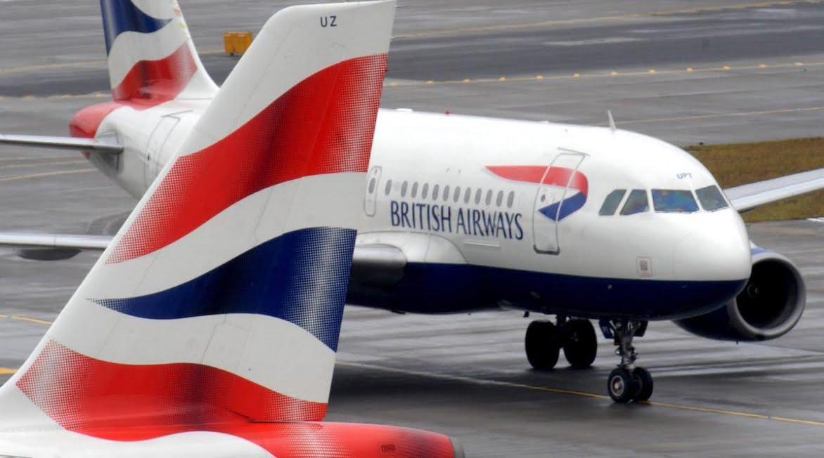 Londra Heathrow, aereo British Airways bloccato sulla pista dopo atterraggio d'emergenza